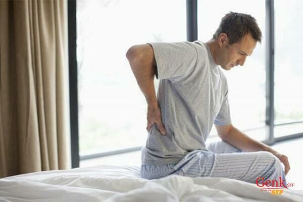 Đau lưng có thể là dấu hiệu ung thư bàng quang