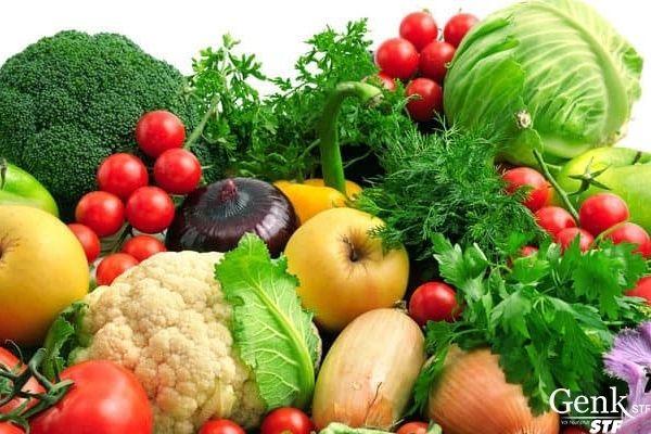 Bổ sung trái cây và rau xanh vào chế độ ăn hàng ngày