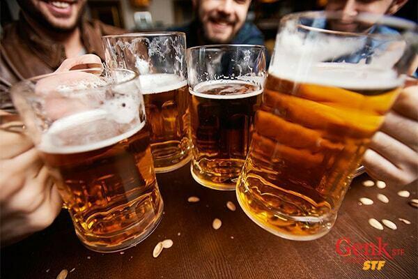 Hạn chế rượu bia là điều cần thiết để phòng ngừa gan nhiễm mỡ