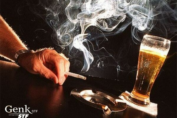 Rượu bia kết hợp thuốc lá gây nguy hiểm đặc biệt nghiêm trọng cho sức khỏe