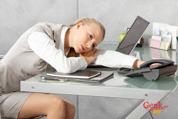 Thời gian làm việc văn phòng sẽ tỷ lệ nghịch với thời gian vận động