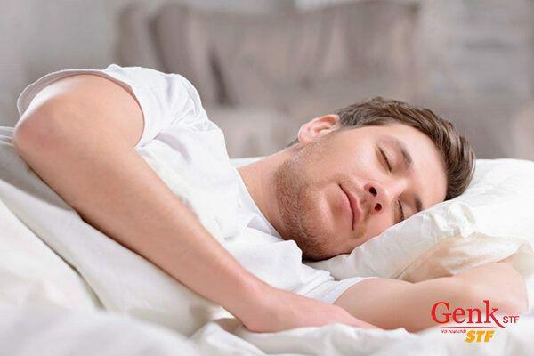 Ngủ đủ giấc mỗi ngày là cách hiệu quả giúp phục hồi các cơ quan trong cơ thể, tạo thể trạng tốt nhất cho bệnh nhân ung thư.