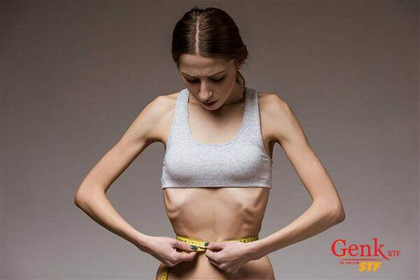 Tế bào ung thư lấy đi năng lượng của cơ thể, khiến cân nặng bị sụt giảm