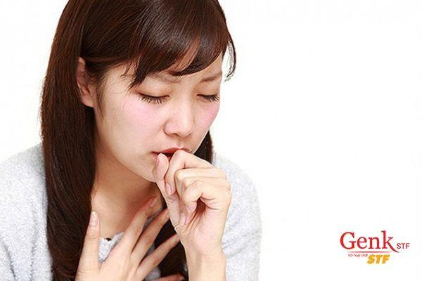 Ho, khó thở, đau ngực có thể là triệu chứng ung thư vú đã di căn đến phổi