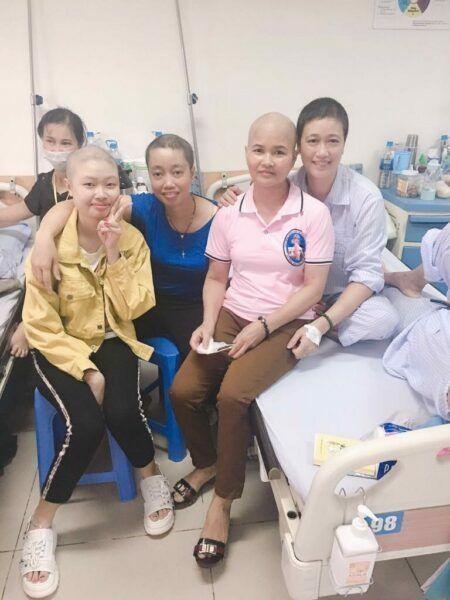 Trang và các bệnh nhân cùng phòng 723