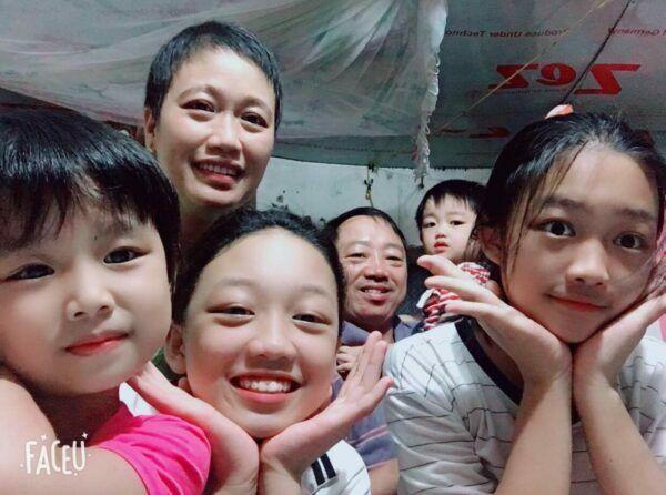 Hình ảnh gia đình hạnh phúc của Trang