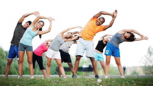 Duy trì thói quen thể dục, vận động hằng ngày là phương pháp giúp hạ mỡ máu hiệu quả
