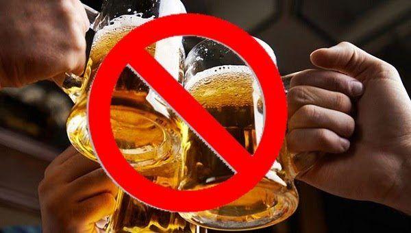 Người bị viêm loét dạ dày nên kiêng đồ uống có cồn