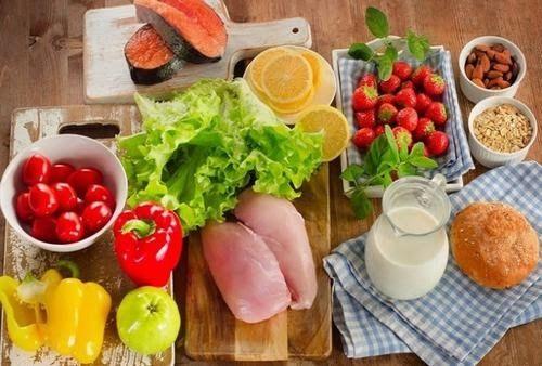 Người bệnh ung thư tuyến tiền liệt di căn xương cần có chế độ ăn uống khoa học