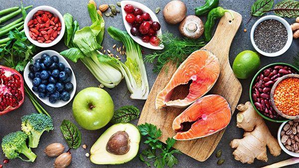 Bệnh nhân ung thư đại tràng cần hết sức lưu ý trong chế độ dinh dưỡng