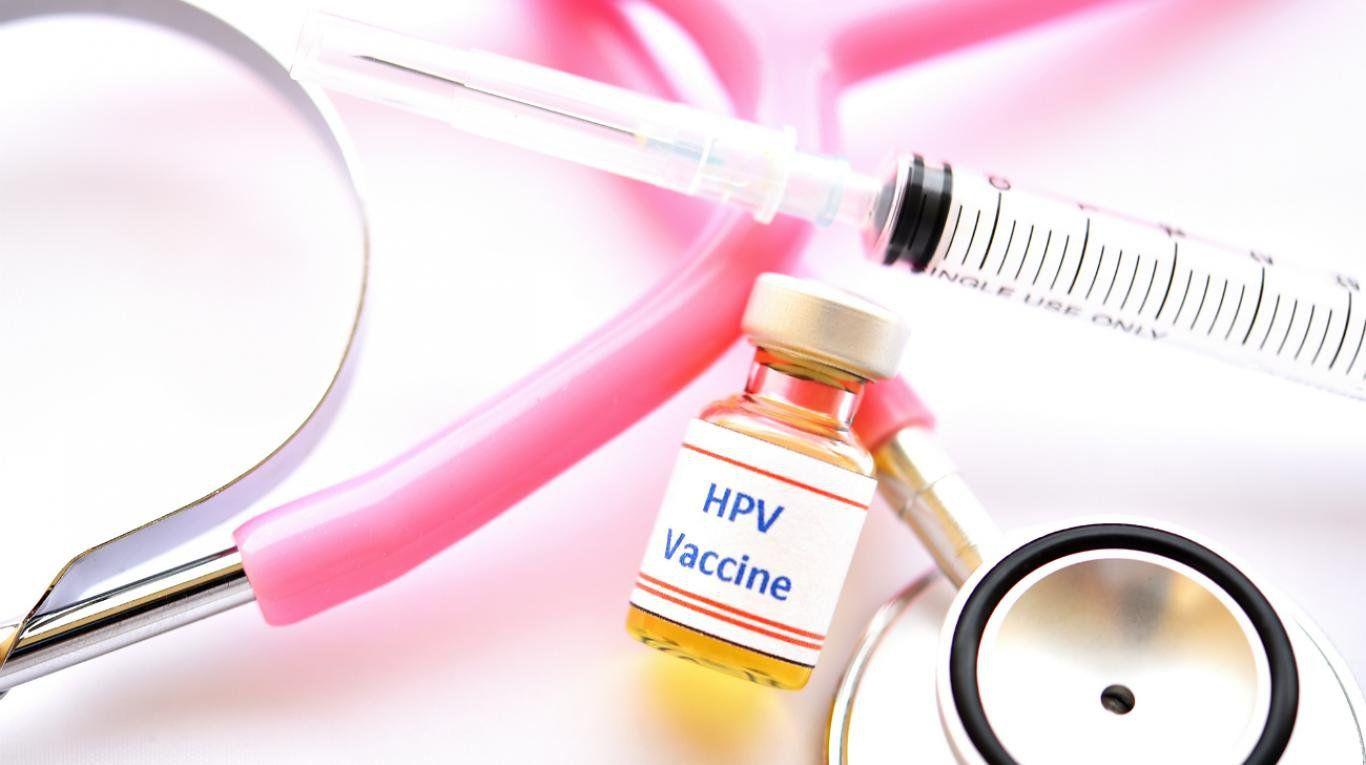 Tiêm phòng HPV giúp phòng ngừa ung thư cổ tử cung