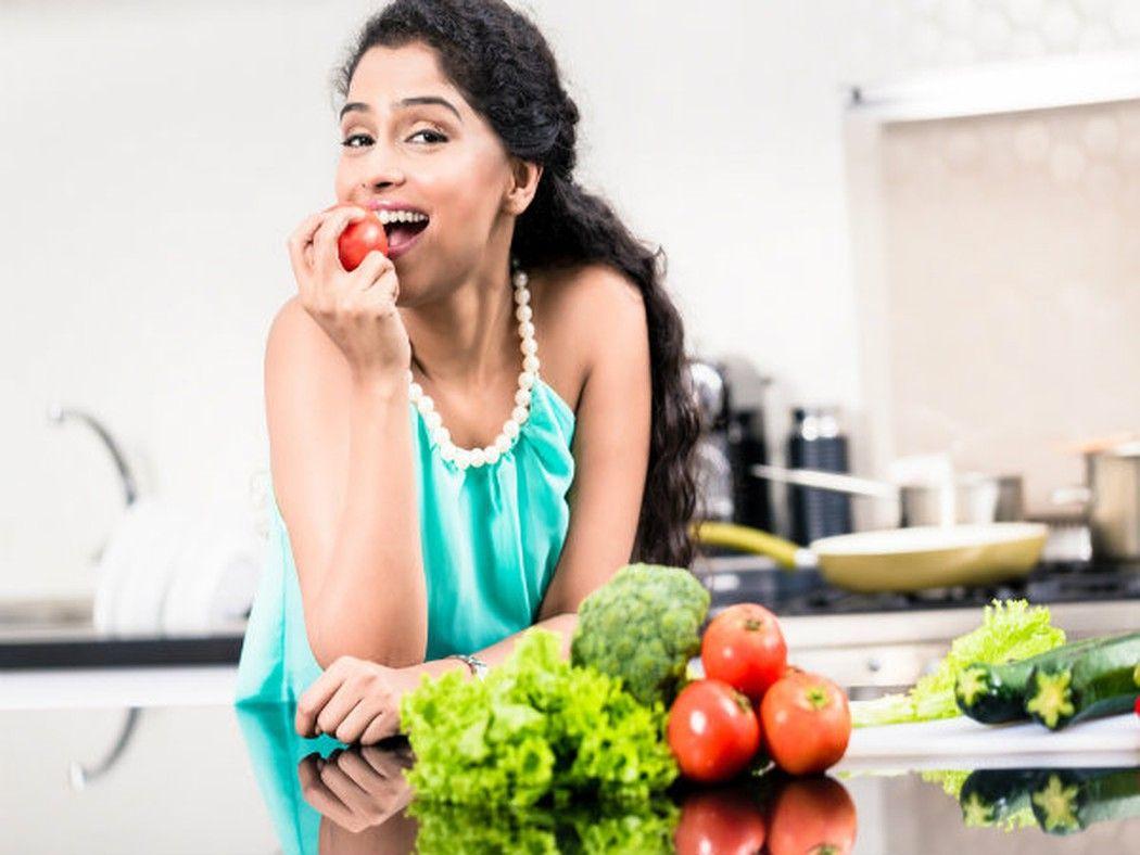 Chế độ ăn uống lành mạnh giúp phòng ngừa nguy cơ ung thư cổ tứ cung tái phát