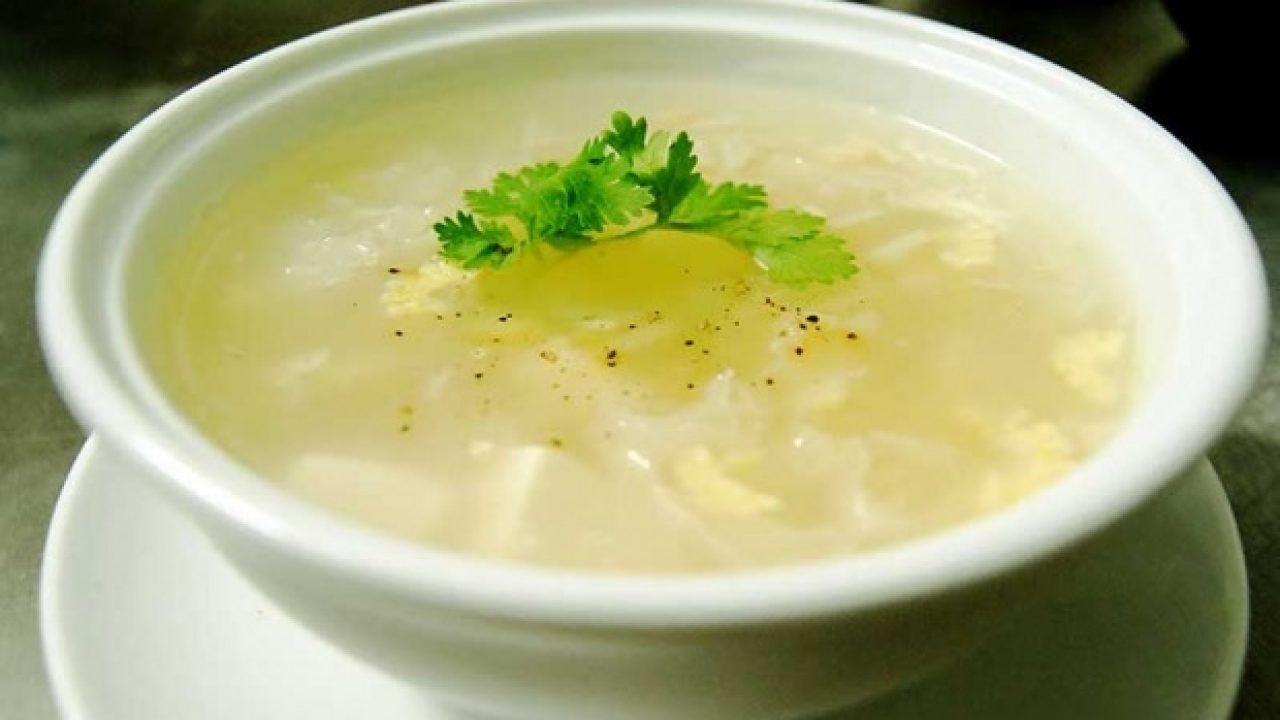 Người bệnh ung thư thực quản giai đoạn cuối nên ăn các thức ăn mềm, lỏng như cháo, súp