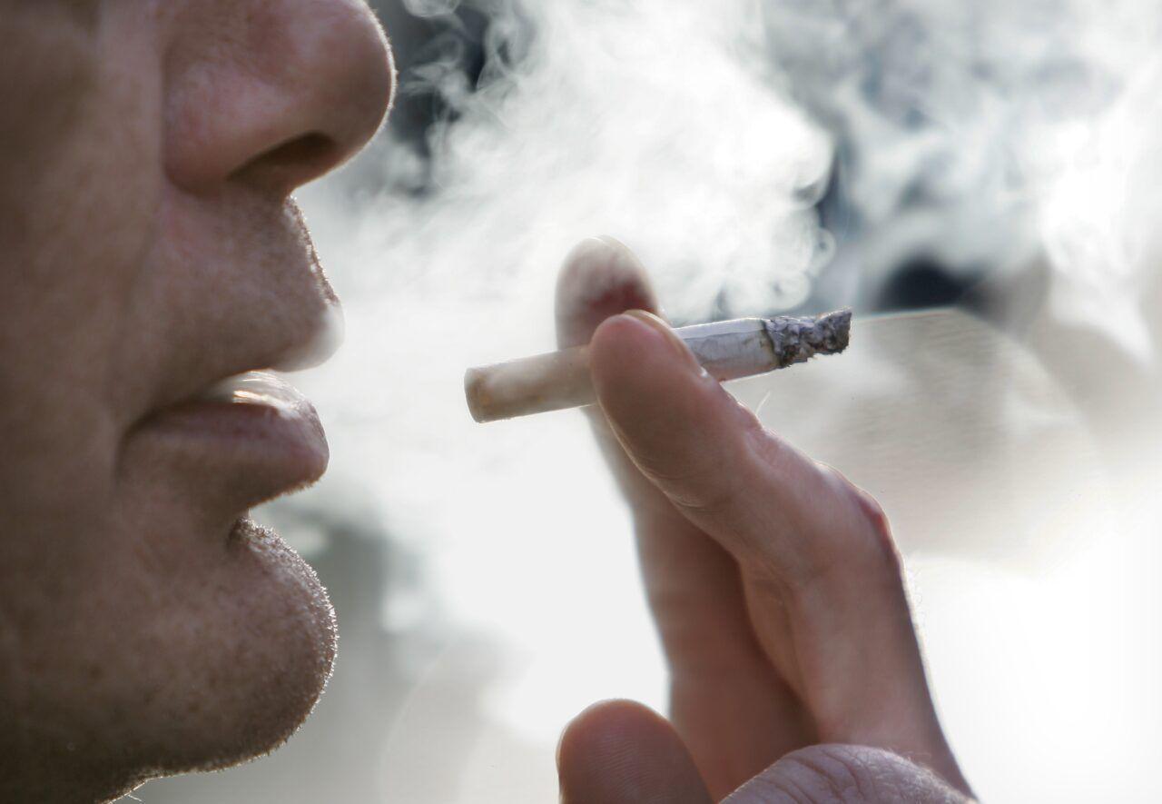 Thuốc lá là yếu tố có liên quan đến khoảng trên 90% ca mắc ung thư phổi