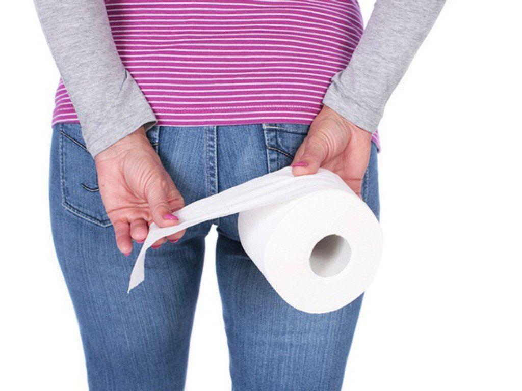 Rối loạn tiêu hóa, đi ngoài ra máu, đau bụng,... là những dấu hiệu ung thư trại tràng