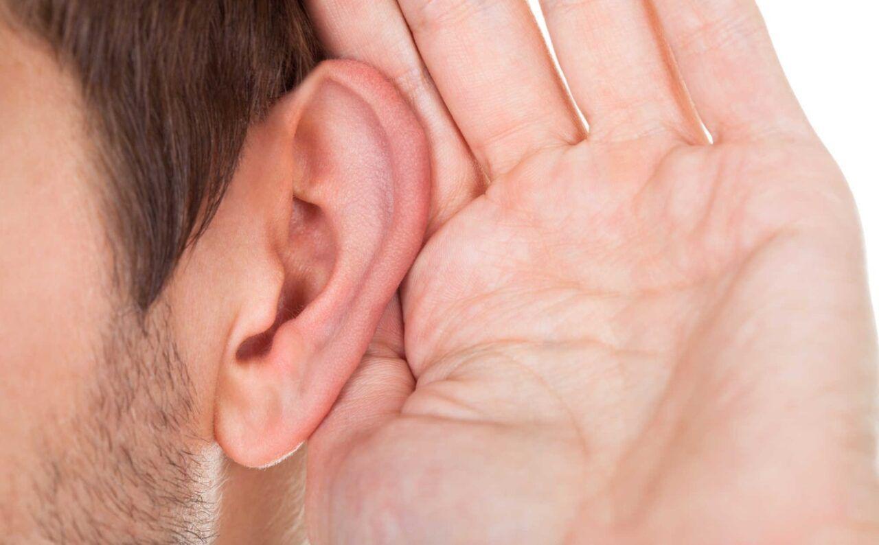 Nặng tai, giảm khả năng thính giác là dấu hiệu ung thư mũi