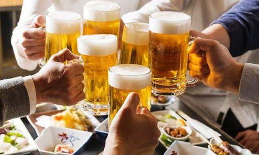 Người bị viêm loét dạ dày HP nên hạn chế rượu, bia
