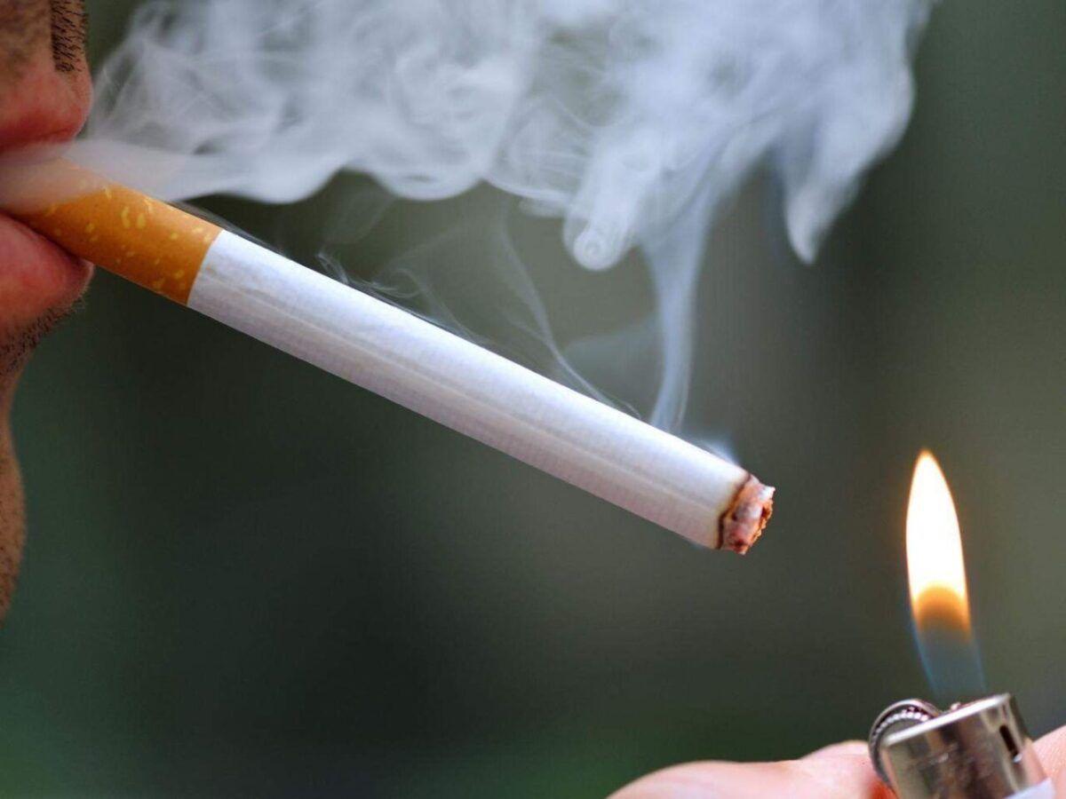 Hút thuốc lá có nguy cơ cao mắc bệnh ung thư vòm họng