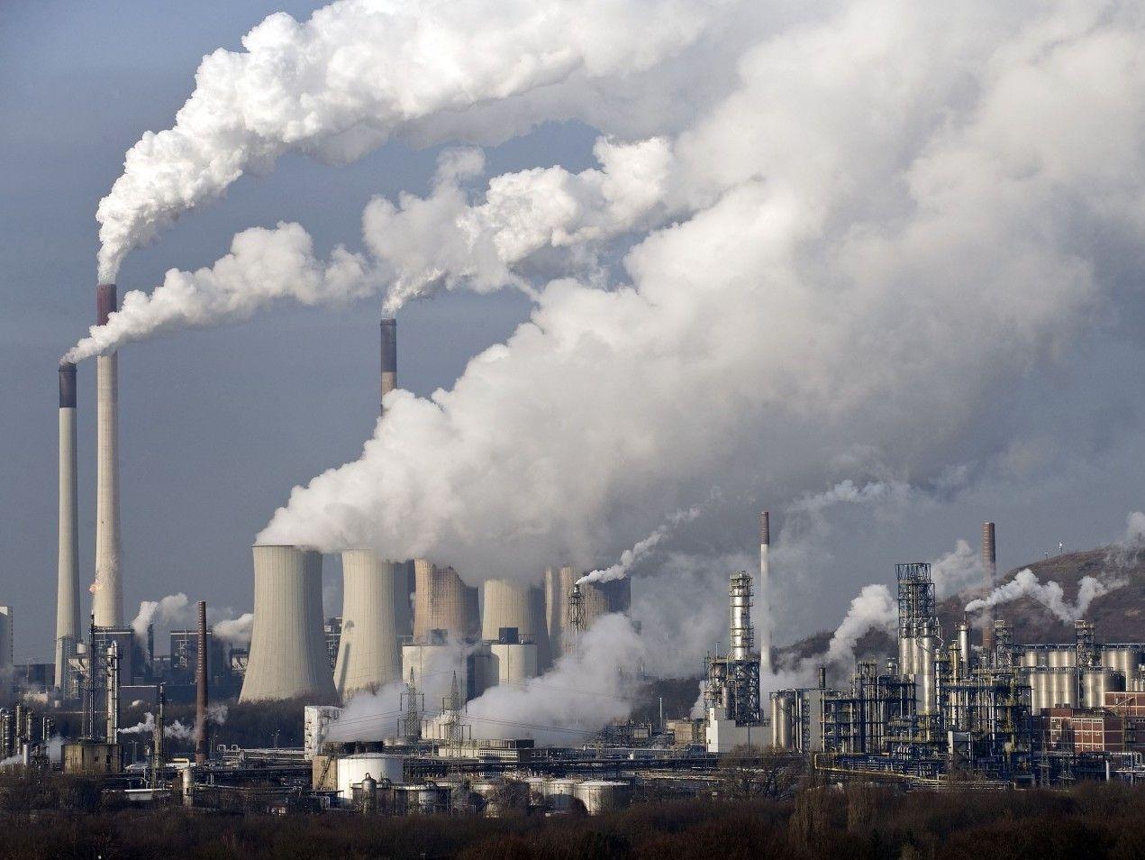 Lối sống không lành mạnh, môi trường độc hại là những nguyên nhân gây ung thư máu