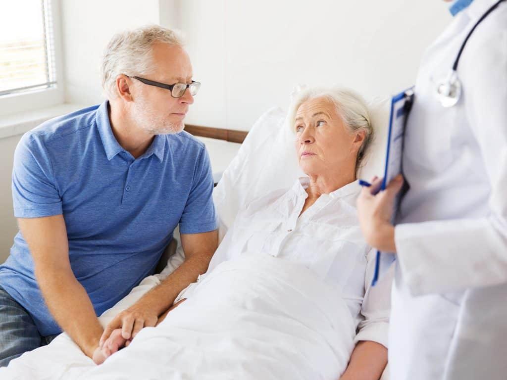 Chăm sóc bệnh nhân sau hóa trị ung thư rất quan trọng