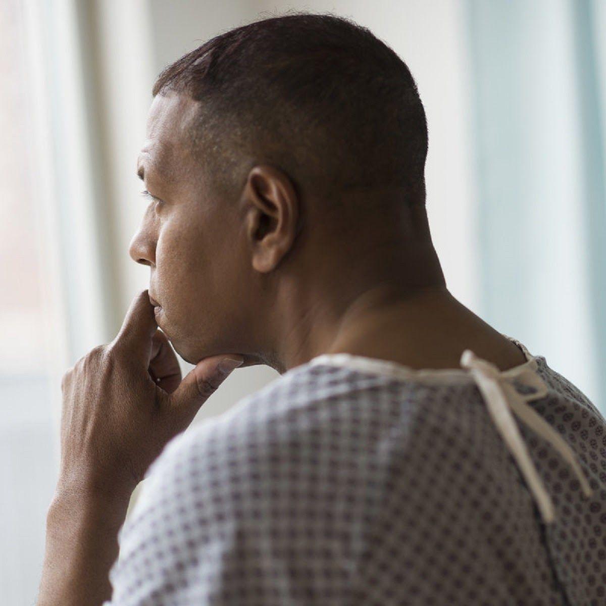 Rối loạn hormon bắt nguồn từ bệnh lý tinh hoàn có thể là nguyên nhân gây ung thư vú ở nam giới
