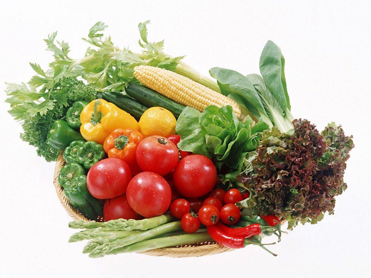 Rau xanh giúp bổ sung chất xơ và vitamin cho trẻ