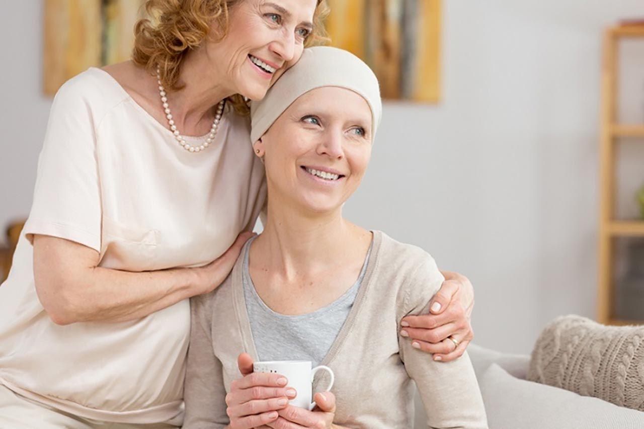 Người bệnh ung thư giai đoạn cuối cần được chăm sóc cả về thể chất lẫn tinh thần