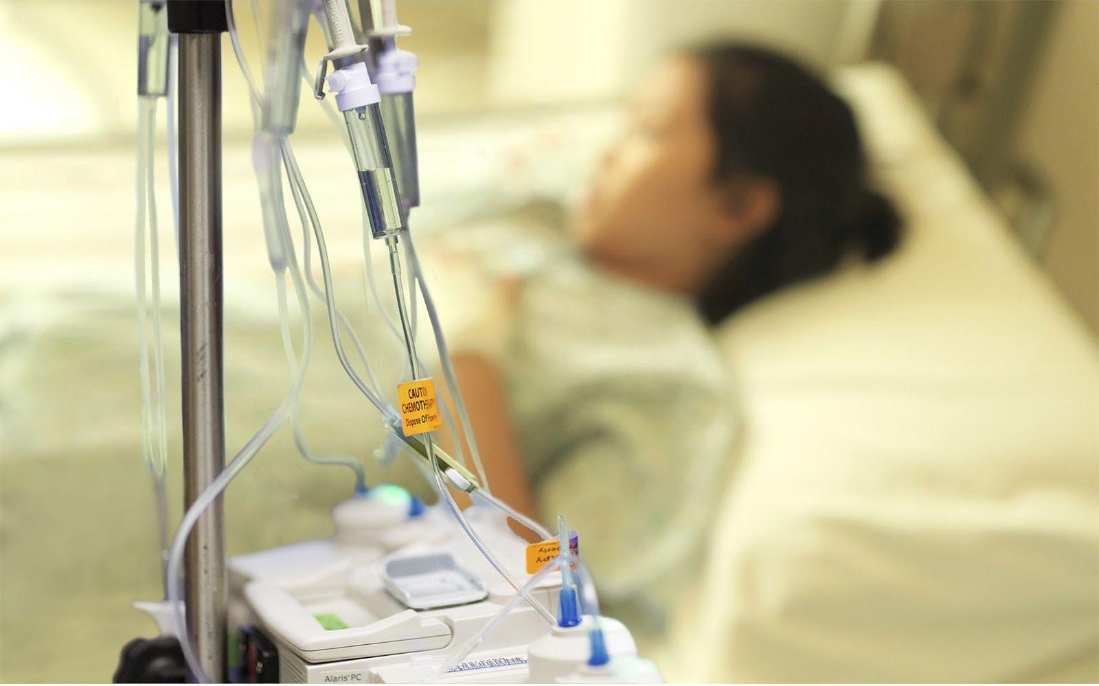 Hóa trị là phương pháp thường được áp dụng trong điều trị ung thư phế quản giai đoạn cuối
