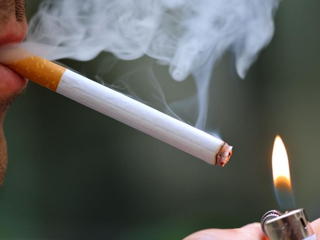 Hút thuốc lá là nguyên nhân chính gây ung thư phổi