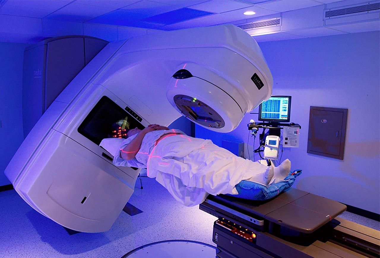 Xạ trị là một trong những phương pháp chính điều trị ung thư tuyến tiền liệt