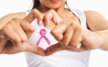 Ung thư vú: Nguyên nhân và triệu chứng bệnh