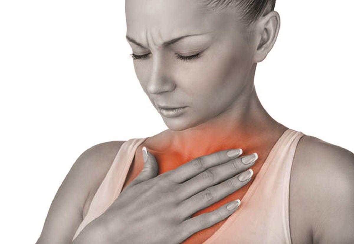 Nấc hoặc ợ nóng liên tục sau khi ăn là biểu hiện bệnh.
