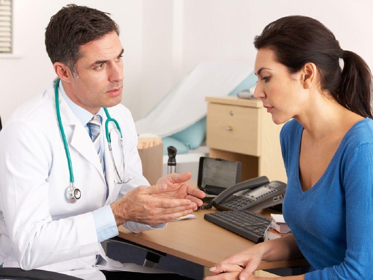 Người thân trong gia đình có tiền sử mắc bệnh ung thư thực quản nên đi xét nghiệm sớm