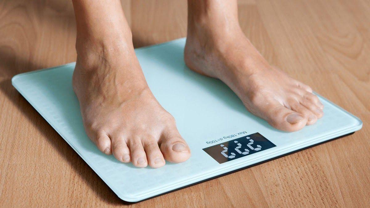 Khi bệnh ở giai đoạn tiến triển, người bệnh sẽ bị sụt cân nghiêm trọng