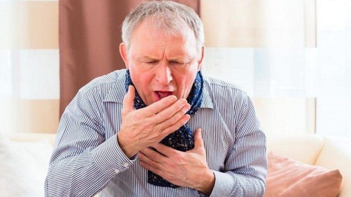 Ho dai dẳng, ho khan là triệu chứng của ung thư phổi thường gặp