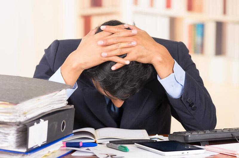 Thiếu ngủ khiến cơ thể mệt mỏi, stress, không thể làm việc hiệu quả
