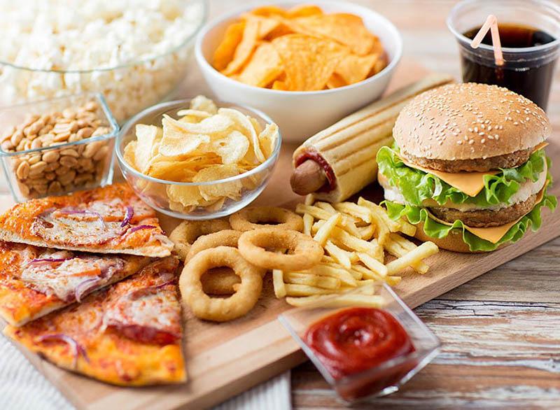 Cần hạn chế các loại thực phẩm chứa chất béo no (chất béo bão hòa)