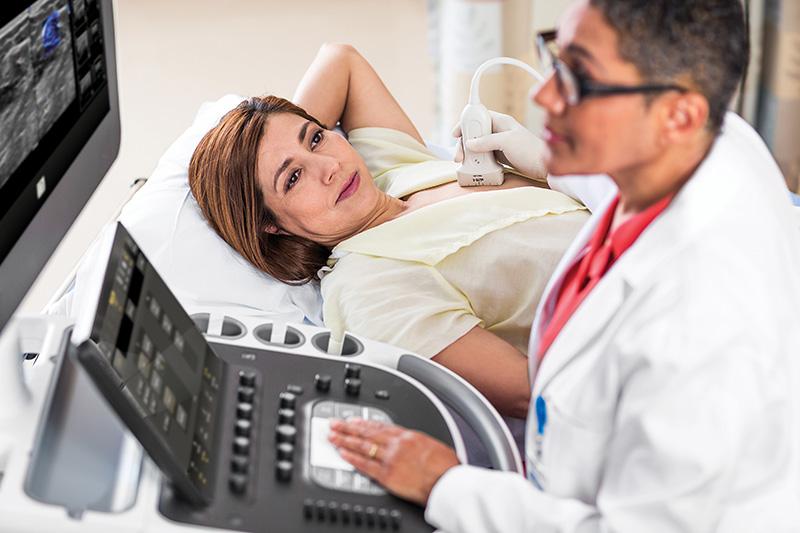 Siêu âm tuyến vú là một trong những phương pháp giúp tầm soát ung thư