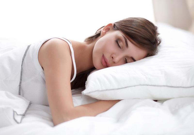 Ngủ đủ giấc giúp cơ thể thoải mái và khỏe mạnh hơn