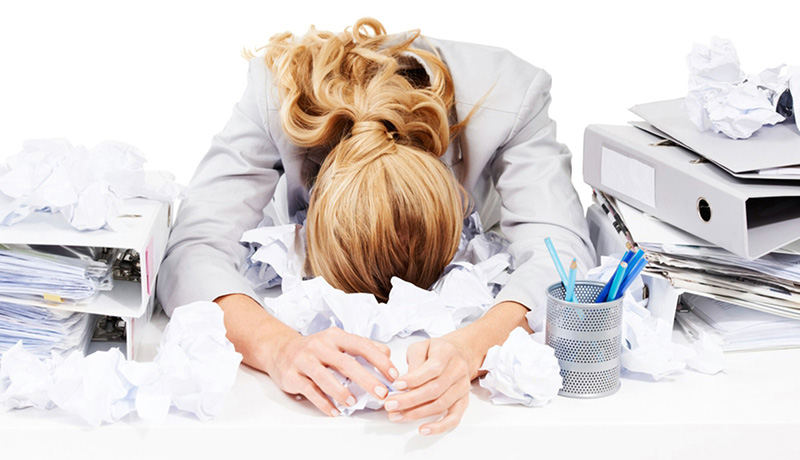 Khi thấy người mệt mỏi, căng thẳng và hay chóng mặt bạn nên đi khám vì rất có thể đây là dấu hiệu của ung thư trực tràng