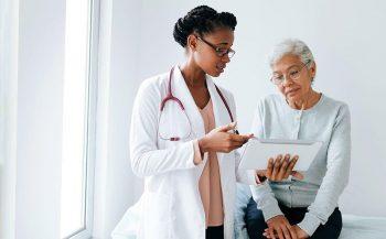 Hỏi đáp: Chi phí xạ trị ung thư có nhiều không?