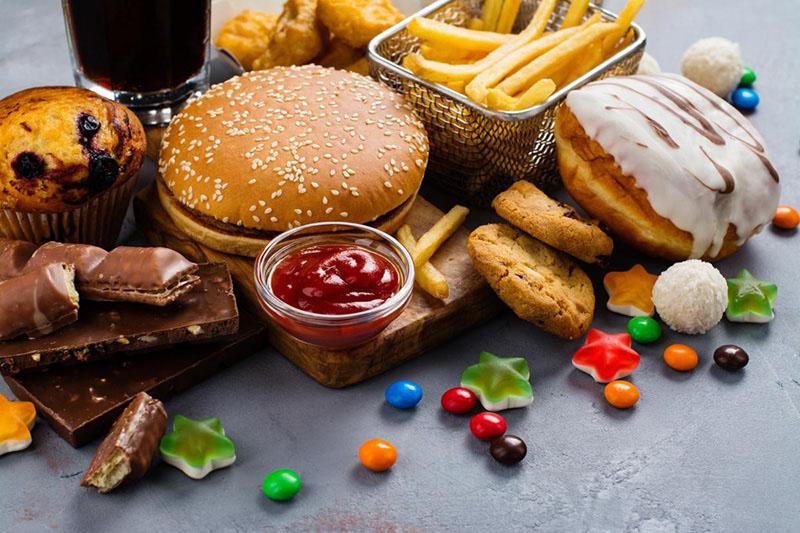 Thực phẩm chế biến sẵn gây ra bệnh mỡ máu