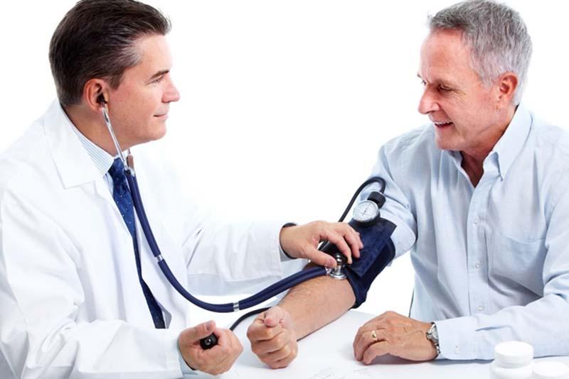 Kiểm tra sức khỏe và tầm soát ung thư là các giúp bạn phòng ngừa ung thư hiệu quả