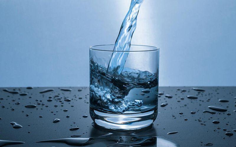Uống đủ nước mỗi ngày giúp tăng cường sức đề kháng cơ thể