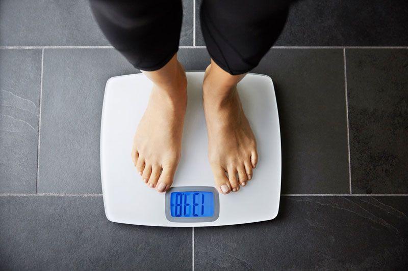 Sụt cân là triệu chứng ung thư cổ tử cung giai đoạn cuối thường gặp