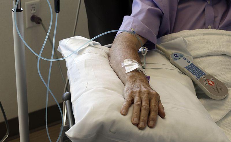 Hóa trị sử dụng hóa chất để tiêu diệt những tế bào ung thư
