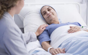 Những tác dụng phụ hóa xạ trị với bệnh nhân ung thư