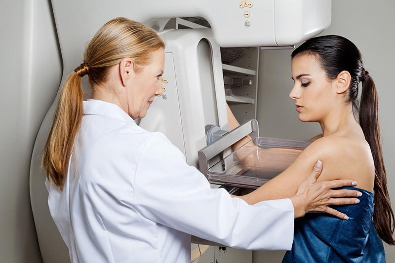 Tầm soát ung thư vú bằng phương pháp chụp nhũ ảnh