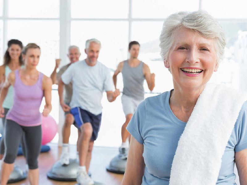 Xây dựng một chế độ luyện tập và nghỉ ngơi khoa học sẽ hỗ trợ trong việc tăng sức đề kháng cho người lớn