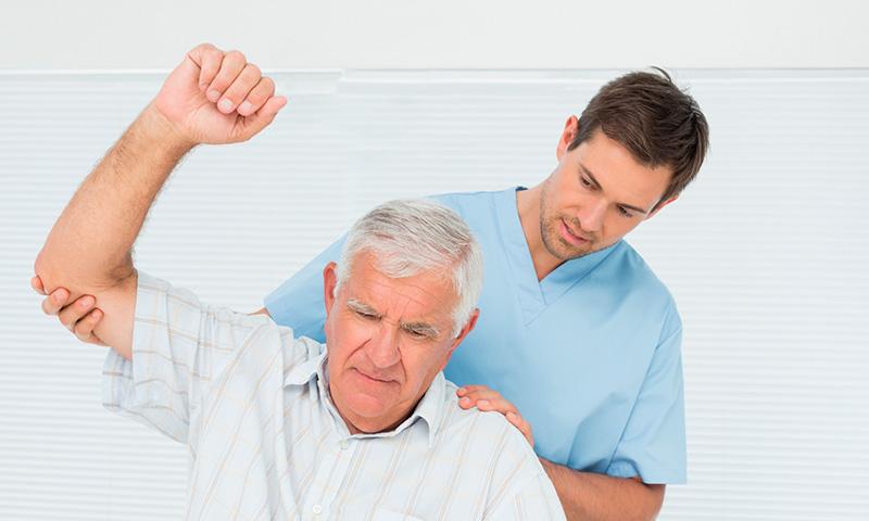 Vận động nhẹ giúp người bệnh lưu thông khí huyết